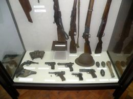 Хладно и огнестрелно оръжие - Изображение 5